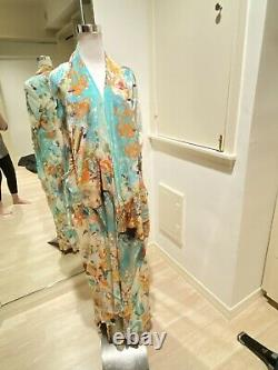 Camilla Franks Open Silk Caftan Medium And Matching Skirt One Size
