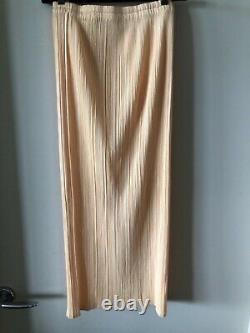 Pleats Please yellow skirt, size 1, Aus 6, new